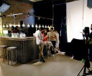 Set american bar nello studio Lounge