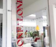 confalone-vetrofania-2-maniac-studio