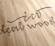 Creativamente-Ideal-Wood-Logo-MockUp