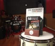 musicology-espositori-maniac-studio