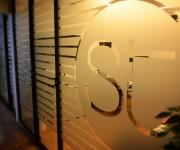 service-tech-vetrofanie-interne-maniac-studio