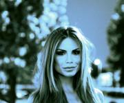 Nina black&white
